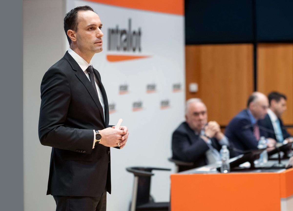 INTRALOT GROUP CEO Chris Dimitriadis 29.05 2 l
