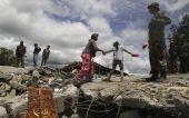 Ινδονησία: Φόβοι για θύματα μετά από σεισμό 6,5 Ρίχτερ