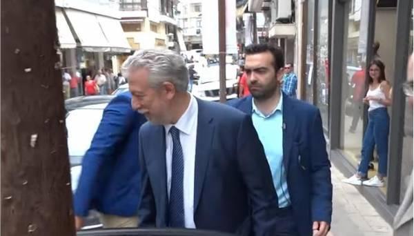 Μετά τους ΑΝΕΛ, αποδοκιμασίες και σε ΣΥΡΙΖΑίους για το Μακεδονικό