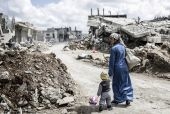 Συρία: 472 άμαχοι σκοτώθηκαν από αεροπορικές επιδρομές τον τελευταίο μήνα