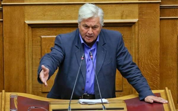 Παπαχριστόπουλος: Θετικός στη Συμφωνία με παράδοση της έδρας του