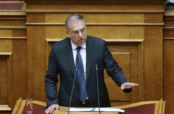 Θεοδωρικάκος: Να περάσει με 300 ψήφους το ν/σ για απόδημους