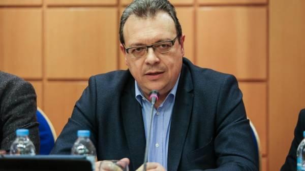 Φάμελλος: Η κυβέρνηση απαξιώνει τη ΔΕΗ