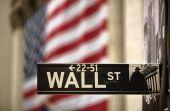 Μικτές αντιδράσεις στη Wall Street-Σε ελεύθερη πτώση η Apple