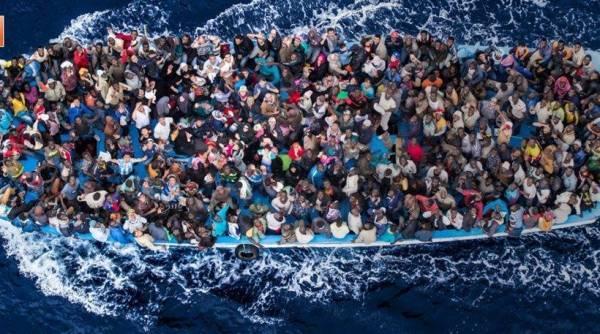Η Ιταλία αρνείται να δεχθεί πλοίο με 629 πρόσφυγες