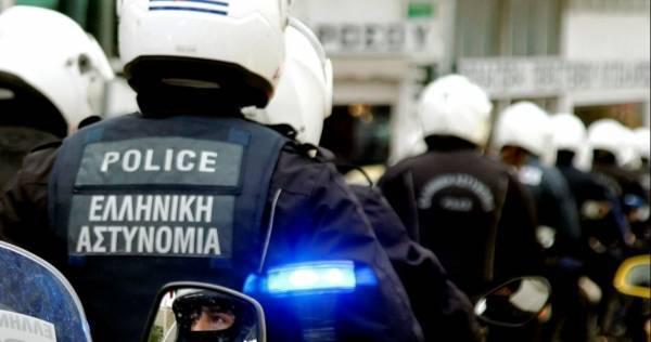 Επίθεση σε ομάδα αστυνομικών στη Βούλα