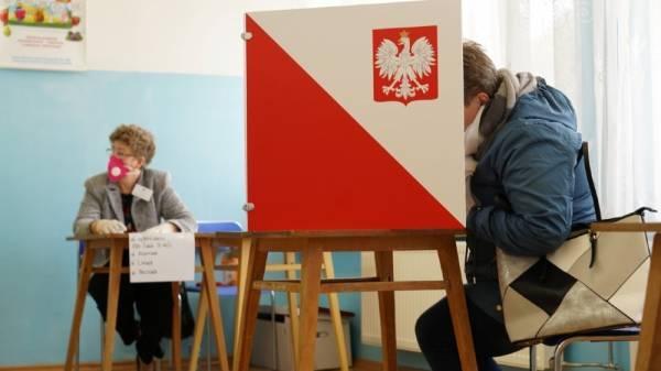 Η Πολωνία αποφασίζει... Με την Ευρώπη ή με τον Ντούντα;