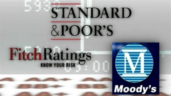 S&P, Moody's, Fitch: Έχουμε φτάσει στον πάτο των υποβαθμίσεων, τώρα... the only way is up!