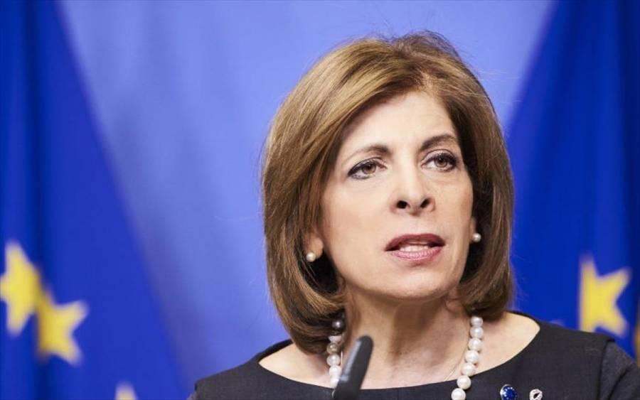 Επίτροπος Κυριακίδου: Όσοι υποστούν ζημιές από εμβόλια να διεκδικήσουν αποζημίωση!