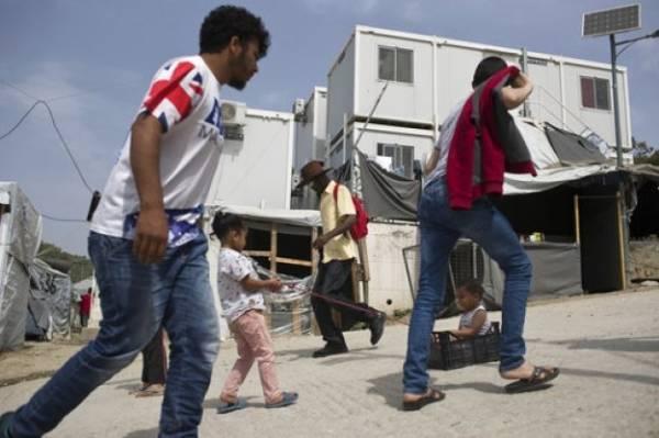 Στο «κόκκινο» οι αφίξεις μεταναστών από τον Έβρο τον Σεπτέμβριο