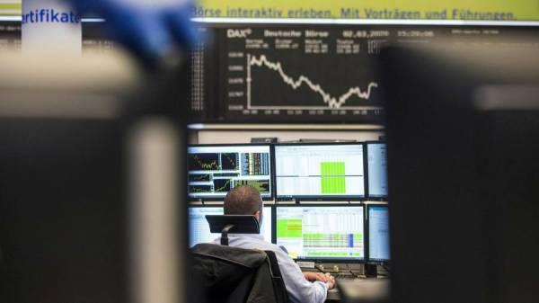 Μεταξύ μέτρων τόνωσης και ομολόγων κινήθηκαν τα ευρωπαϊκά χρηματιστήρια