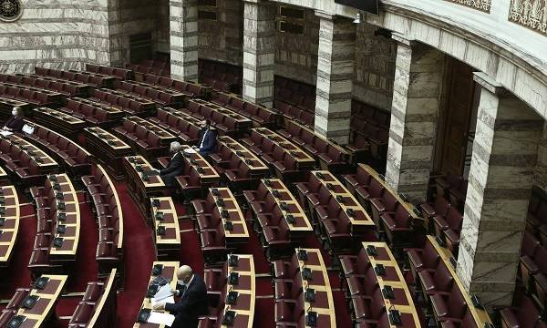 Πέρασε το νομοσχέδιο για τη διευκόλυνση άσκησης οικονομικών δραστηριοτήτων
