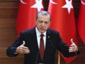 Ο Ερντογάν σπεύδει να «αγκαλιάσει» τα Σκόπια