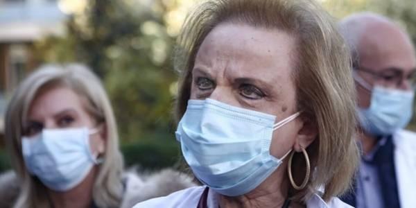 Παγώνη: Έχουν ήδη ξεκινήσει να συγχωνεύονται κλινικές non covid