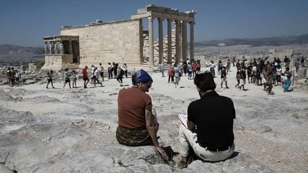 Γερμανικός Τύπος: Ελπιδοφόρα μηνύματα για τον τουρισμό από την Ελλάδα
