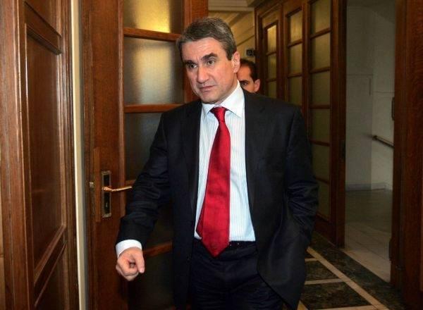 Βουλή: Άρση ασυλίας για Λοβέρδο, Σαλμά και Φωκά