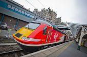 Βρετανία: Κρατικοποιήθηκε η σιδηροδρομική γραμμή Λονδίνου-Εδιμβούργου