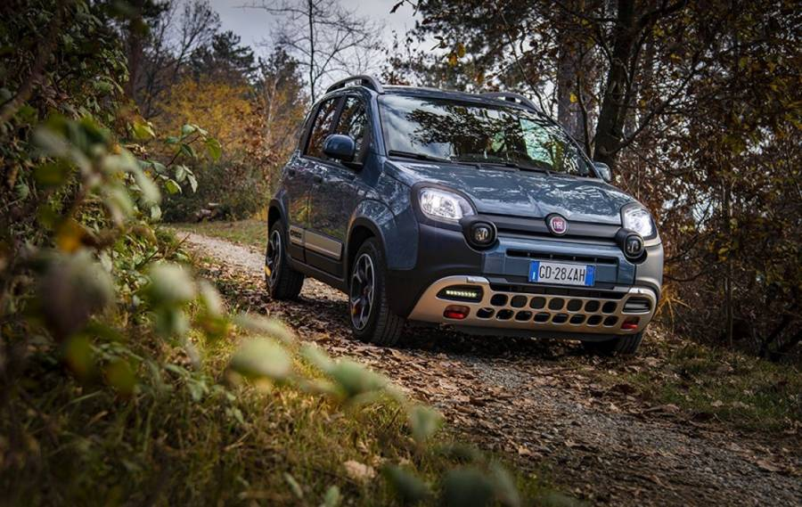 Fiat Panda Cross: Ανακηρύσσεται για ακόμα μια φορά Crossover of the Year