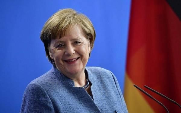 Μέρκελ: Να συμπεριλάβουμε την Κίνα στις διεθνείς σχέσεις