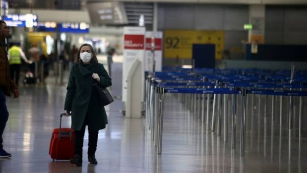 Πώς θα γίνει η σταδιακή άρση των περιορισμών στις πτήσεις