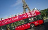 Τραυματίες στο Παρίσι από πτώση λεωφορείου σε σήραγγα