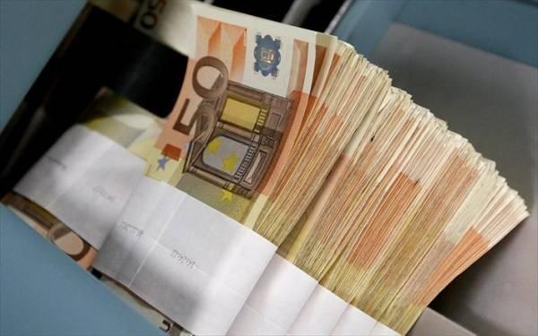 Με «δίαιτα» σε ΠΔΕ και δαπάνες εκτοξεύθηκε το πρωτογενές πλεόνασμα