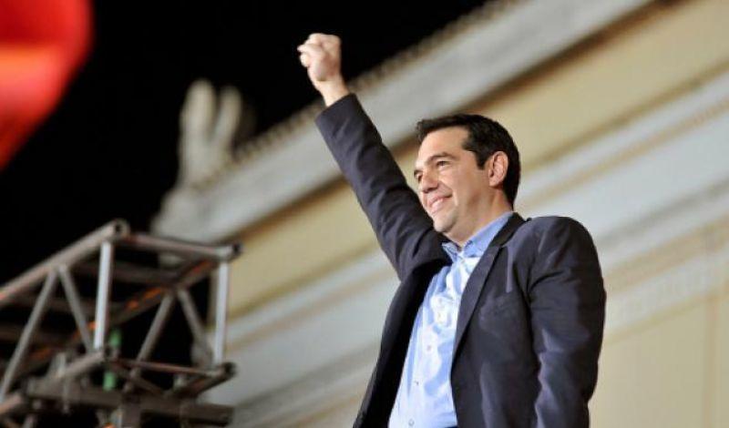 """Δημοσκόπηση: Ισχυρό προβάδισμα ΣΥΡΙΖΑ- """"Πρωταγωνιστής"""" ο Τσίπρας"""