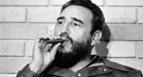 Στο Σαντιάγο ντε Κούβα στις 4 Δεκεμβρίου η κηδεία του Κάστρο