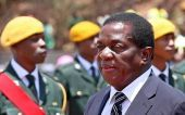 Ορκίστηκε πρόεδρος της Ζιμπάμπουε ο Μνανγκάγκουα