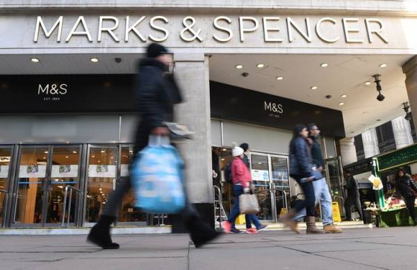 Marks and Spencer: «Τσεκούρι» σε 7.000 θέσεις εργασίας