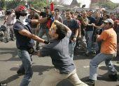 Βενεζουέλα: Ακόμα πολίτες 2 νεκροί σε συγκρούσεις