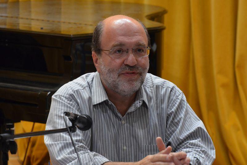 «Βόμβα» Αλεξιάδη: Μπλοκάρεται η ολική ανάληψη από μισθωτούς και συνταξιούχους
