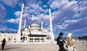 Τουρκία: Την αθώωσή τους ζητούν οι δημοσιογράφοι της Cumhuriyet