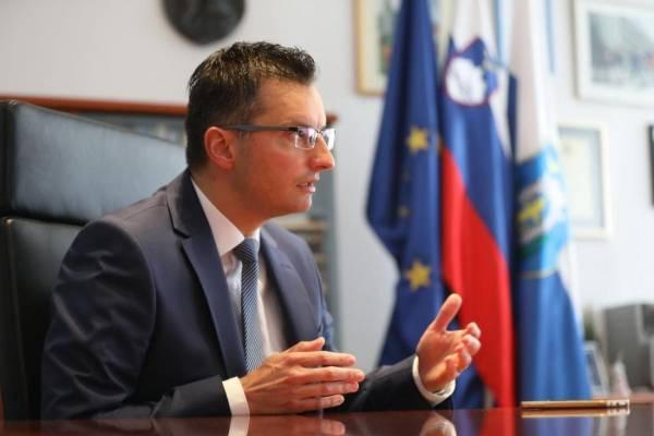Σλοβενία: Ανέλαβε πρωθυπουργός ο Μάριαν Σάρετς