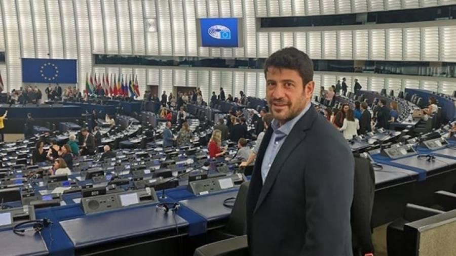 Με το faceapp το «ντεμπούτο» Γεωργούλη στην Ευρωβουλή!