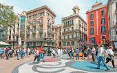Σε ελεύθερη πτώση ο τουρισμός στην Καταλονία