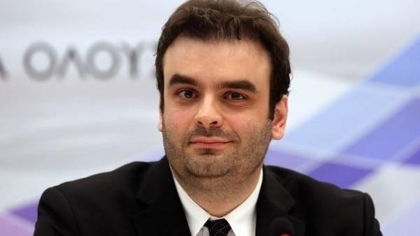 Πιερρακάκης: Ποιες αλλαγές θα φέρει ο 12ψήφιος προσωπικός αριθμός