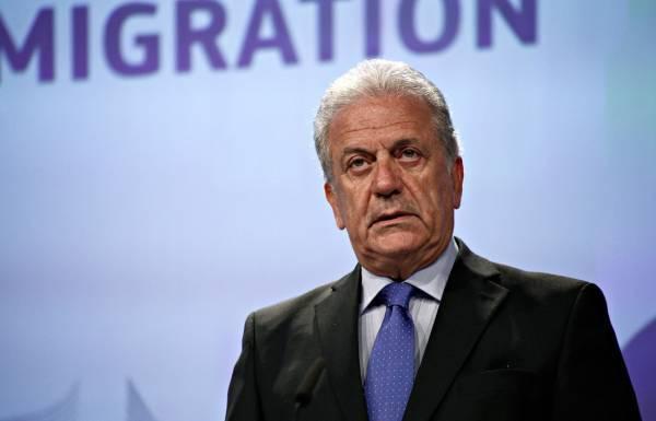 Αβραμόπουλος: Να επανεξεταστεί η απόφαση για ενταξιακές διαπραγματεύσεις Β. Μακεδονίας-Αλβανίας