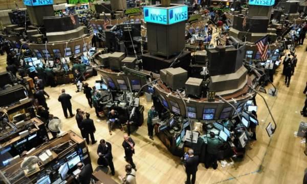 Σε θετικό έδαφος γυρίζει η Wall Street με τεχνολογική στήριξη