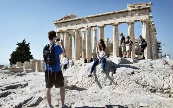 Ιταλοί τουρίστες: Ακόμα και η Ελλάδα μας έκλεισε την πόρτα
