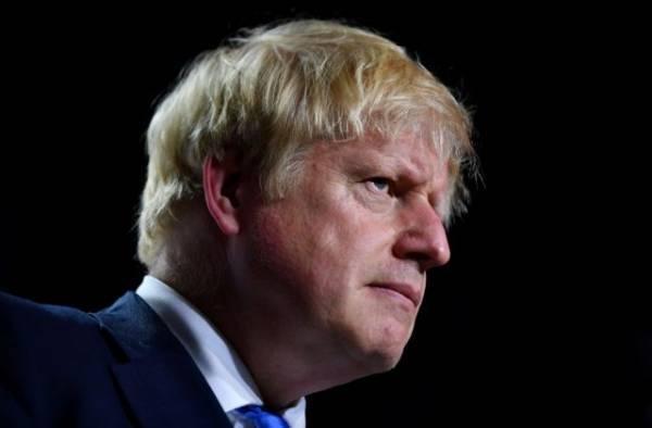 Times: Με υψηλούς δασμούς απειλεί ΕΕ και ΗΠΑ η Βρετανία