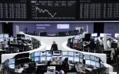 To sell-off «βυθίζει» τις ευρωαγορές