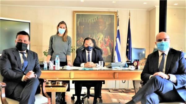 Επενδυτικές ευκαιρίες στο επίκεντρο της συνάντησης Γεωργιάδη-εκπροσώπων της Louis Vuitton