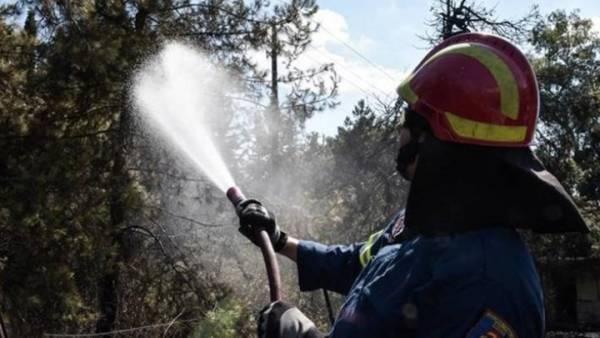 Τα 8 αμφιλεγόμενα κριτήρια για πρόσληψη 5.066 στην «πυροπροστασία»
