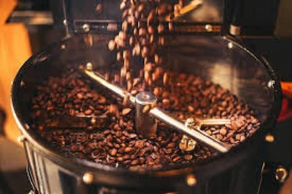 Ο έντονα καβουρδισμένος καφές δεν «πειράζει» στο στομάχι