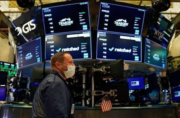 Με κέρδη υποδέχεται τον Αύγουστο η Wall Street