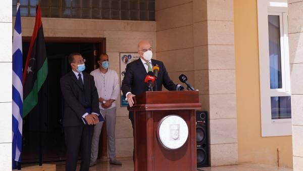 Δένδιας από Βεγγάζη: Σταθερή στήριξη στην ανοικοδόμηση της Λιβύης