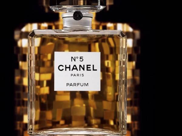100 χρόνια Chanel N°5: Ενδιαφέροντα στοιχεία για το μυθικό άρωμα