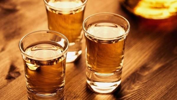 Υπ. Υγείας: Μετά τον αντικαπνιστικό έρχεται «φρένο» στο αλκοόλ