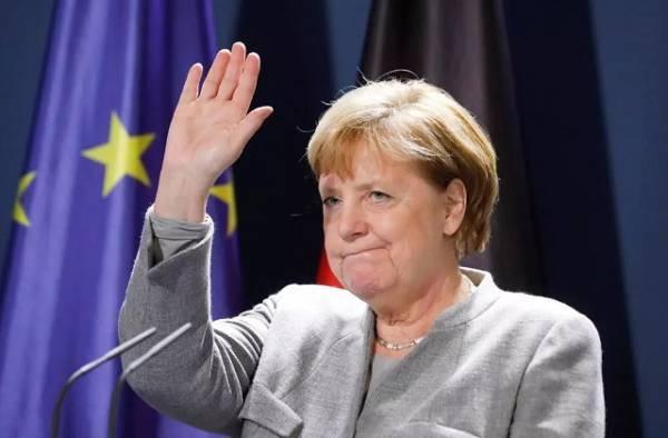 Χαιρετίζει την επανεκκίνηση των συνομιλιών Ελλάδας-Τουρκίας η Μέρκελ